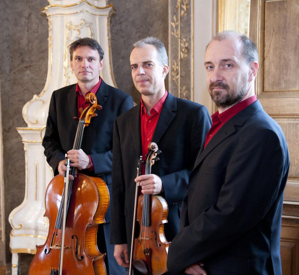 Trio Martinu