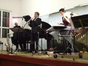 Equivox Trio perform